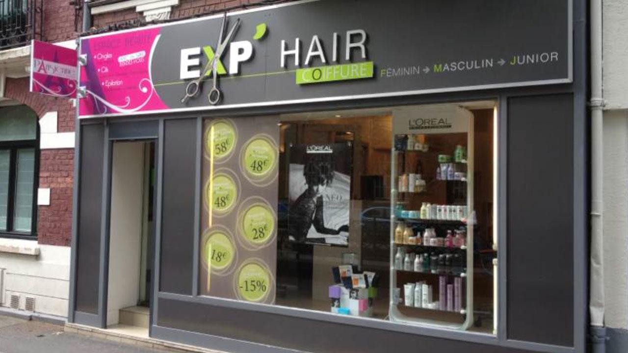 Habillage fa ade de magasin fabrication et pose d 39 enseigne - Panneau publicitaire salon de coiffure ...