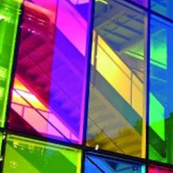 adhésif translucide vitrine