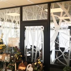 décoration vitre intérieure adhésif dépoli