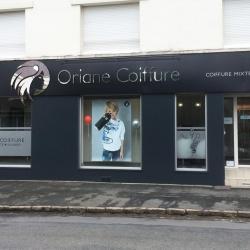 habillage facade magasin coiffeur enseigne