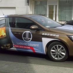 semi covering sur voiture publicitaire