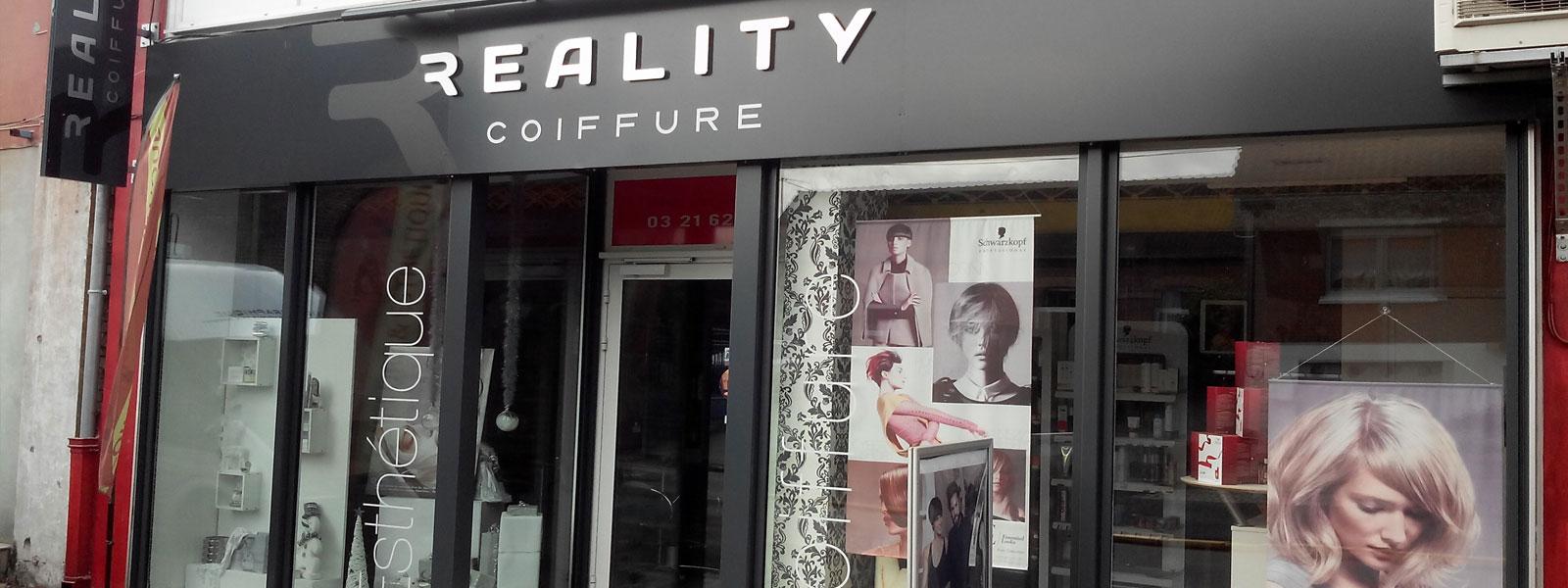 Habillage fa ade de magasin fabrication et pose d 39 enseigne for Devanture salon de coiffure
